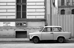 Im Osten viel Neues-Deutschland 1990-1992 Foto Heike Heuser